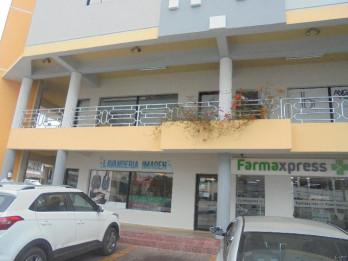 Local comercial en Piantini / Renta