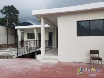 Casa a las Orillas del centro de Antigua, con 8 habs.