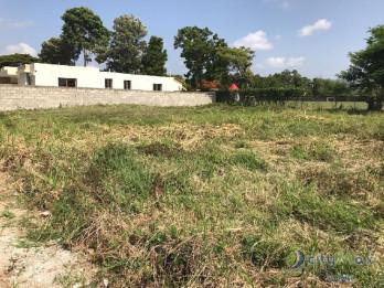 VENDO amplio solar en Doña Isabel G, Llanos de Gurabo.