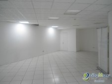 Alquilo Local con 60.11m2 en Zona 10 PAL-046-06-09-11