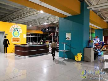 Alquilo Local con 427.00m2 en Villa Nueva PAL-005-03-18