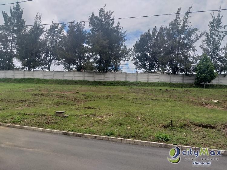 Venta de terreno en Condominio Hacienda Las Viñas