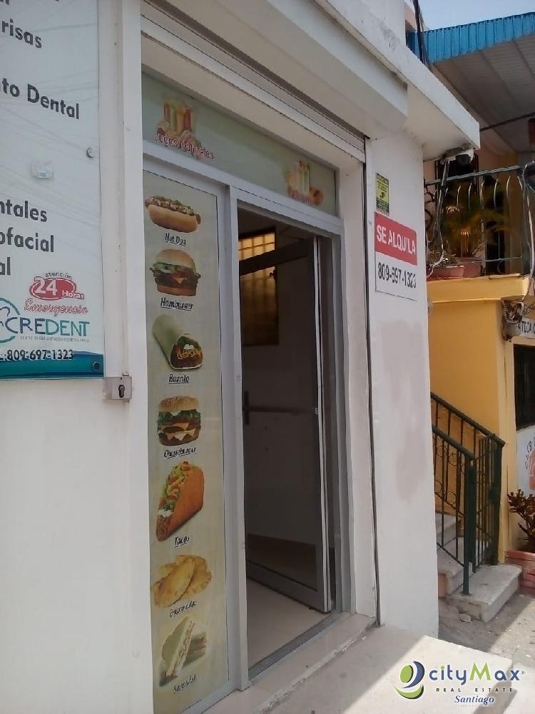 SE Renta local centrico para negocio en Santiago.
