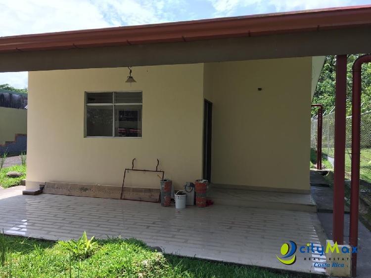 Venta o Alquiler  casa en Barrio San Miguel de Guápiles