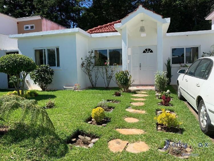 Casa de UN NIVEL en Condominio Km. 25 Carr. El Salvador