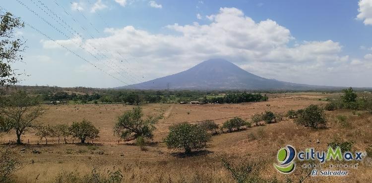 Vendo Terreno de 10 Mzn Carretera El Delirio San Miguel