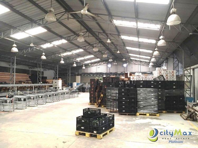 cityMax Platinum Vende Nave Industrial en Herrera