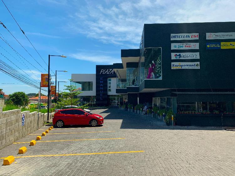 Santa Elena, locales comerciales en alquiler.