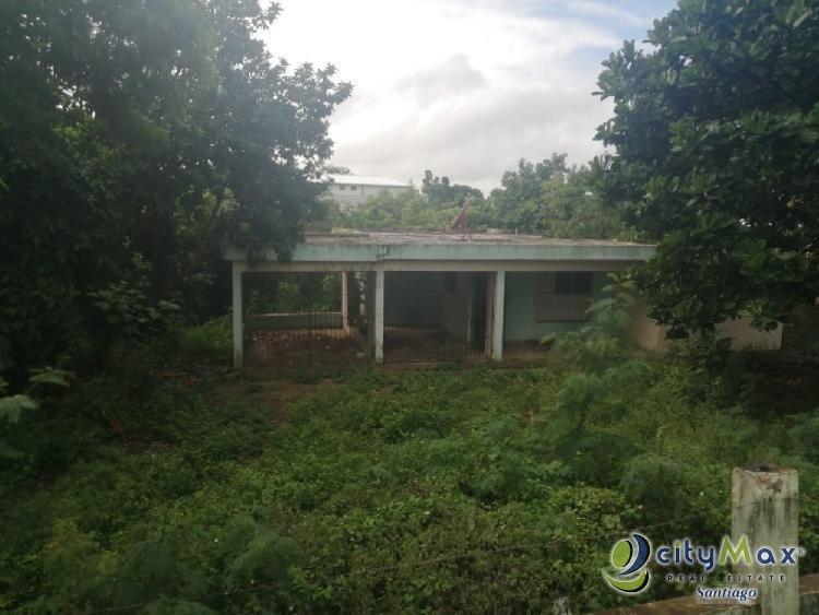 Solar de oportunidad con casa en gurabo Santiago RD.