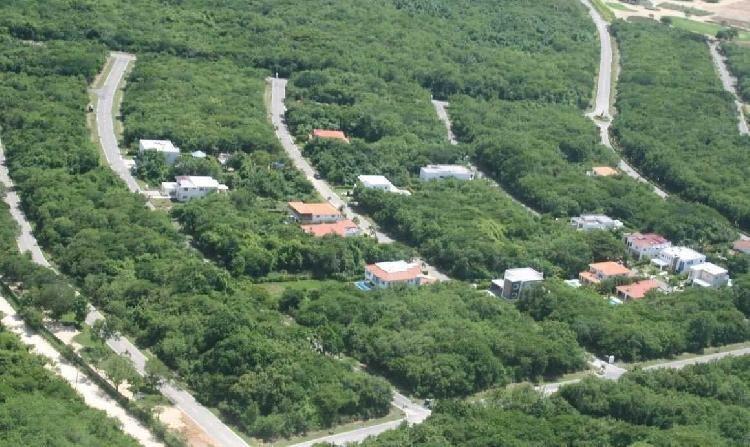 Amplio Terreno en Playa Nueva Romana