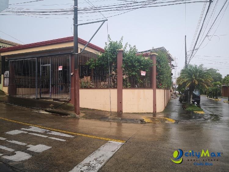 Alquiler de Casa Mercedes Sur Heredia, 2 Habitaciones!