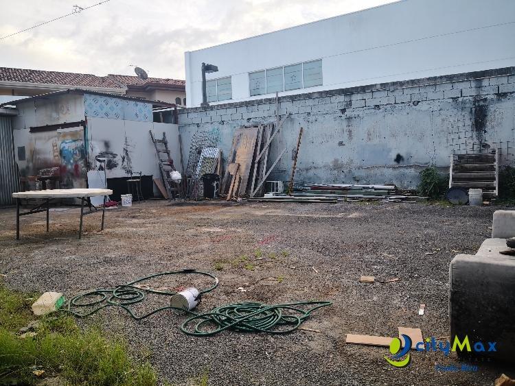 Lote en Alquiler o Venta Guachipelín, cerca Distrito 4