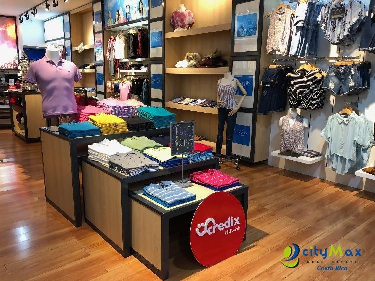 Se Vende  amplio Local de 120m en el City Mall Alajuela