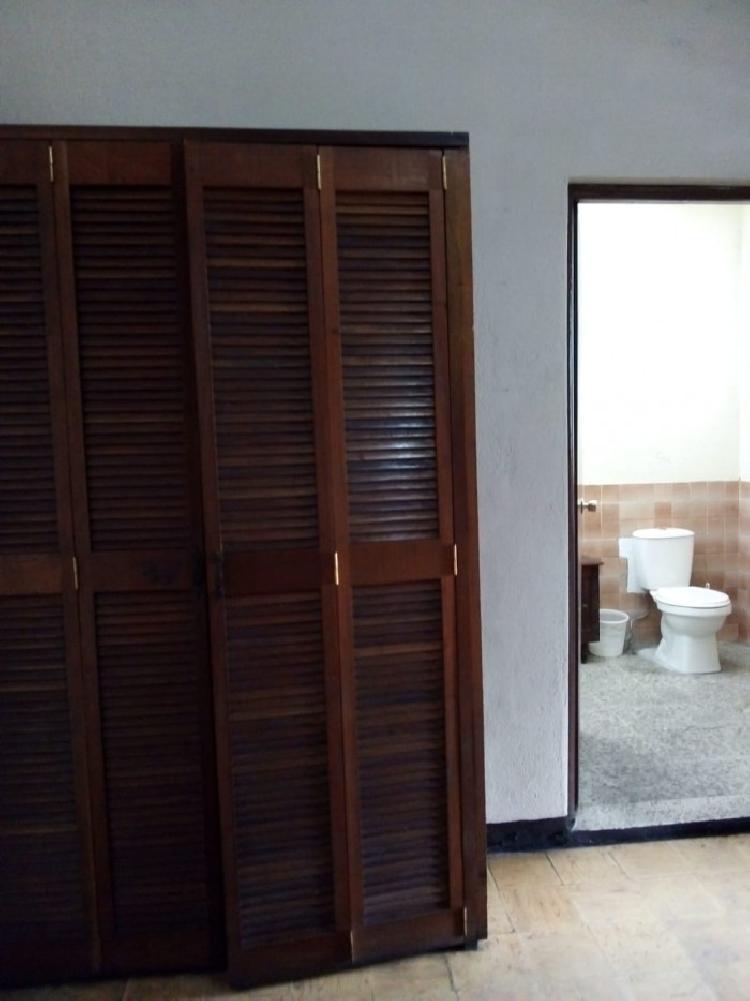 Habitacion Renta con Servicios 1 Persona Zona 12