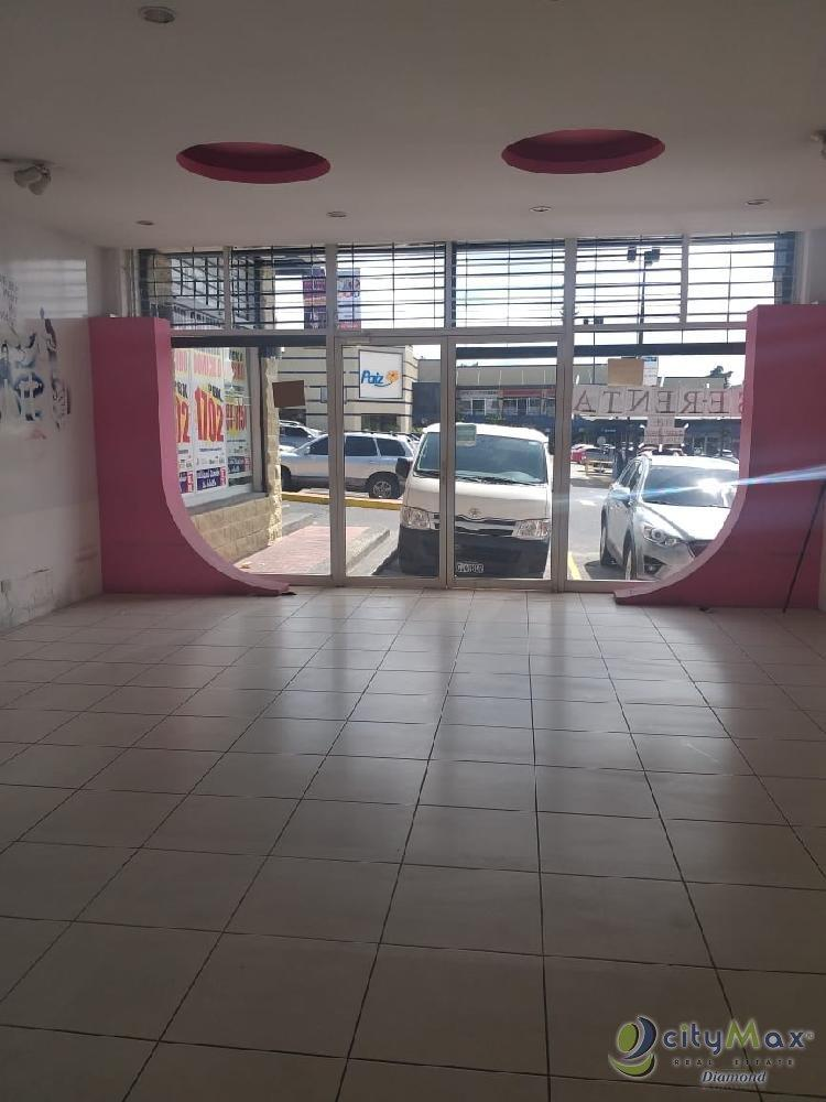 Local Comercial en Renta en San Cristobal Mixco