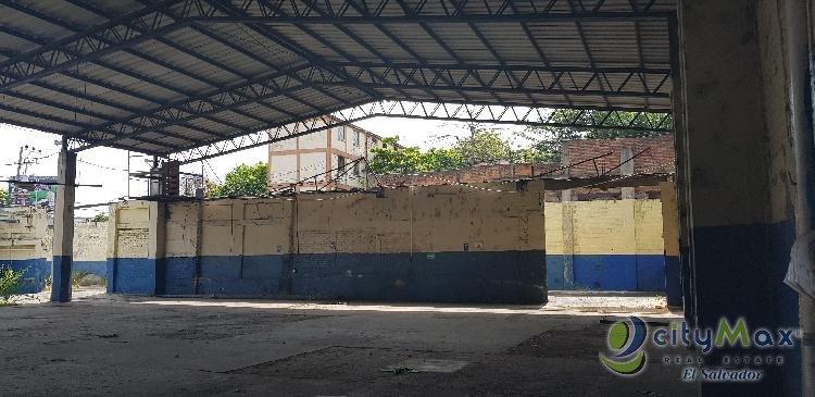 VENDO Nave Industrial Blv Venezuela para Inversionista