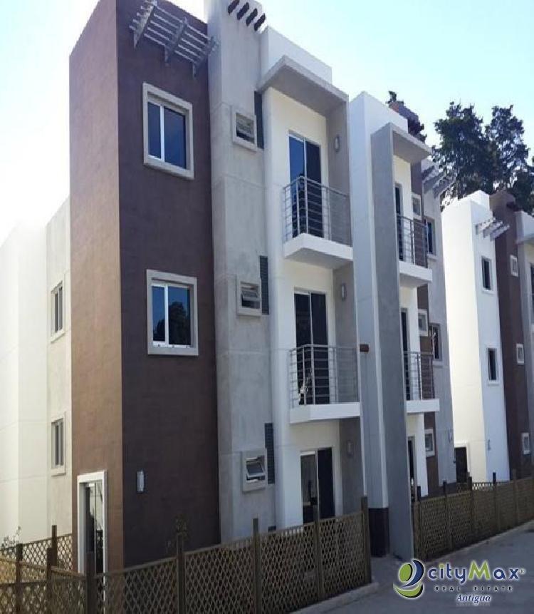 Renta de apartamento residencial en torre Carr Salvador