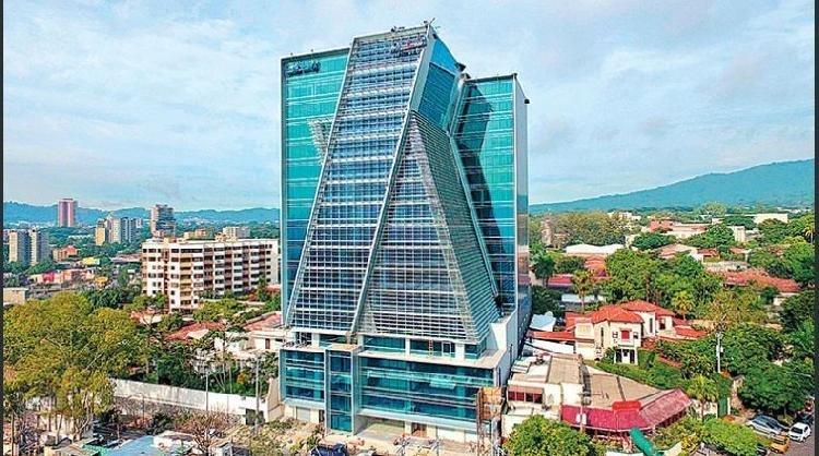 Edificio Insigne, San Benito, oficinas en alquiler.