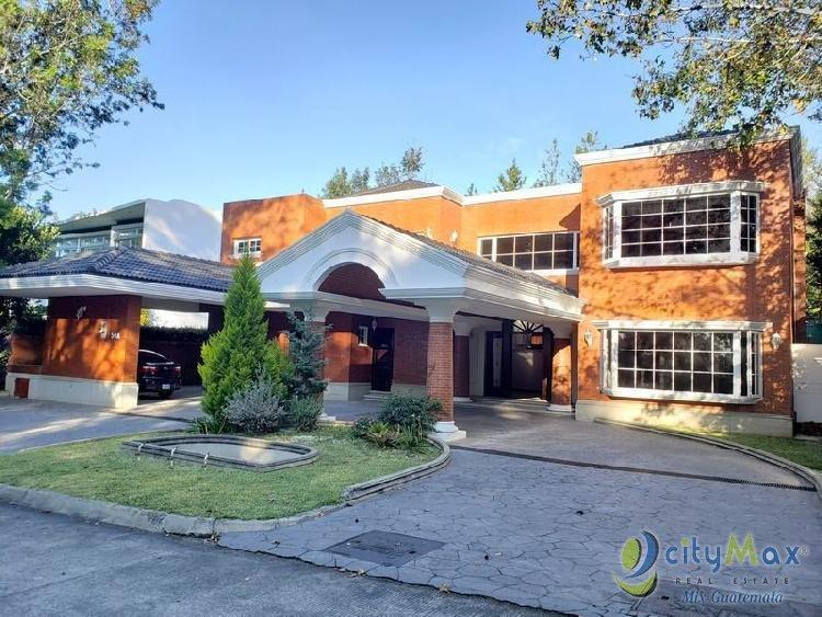 Exclusiva Residencial en Alquiler en Club San Isidro