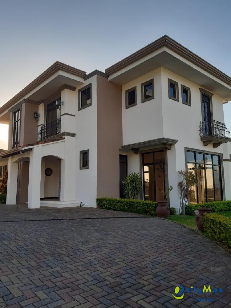 CityMax Alquila-Vende espectacular casa en Condominio
