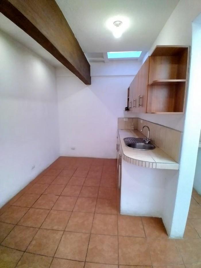 Casa con Local Comercial en Venta Zona 7 Ciudad