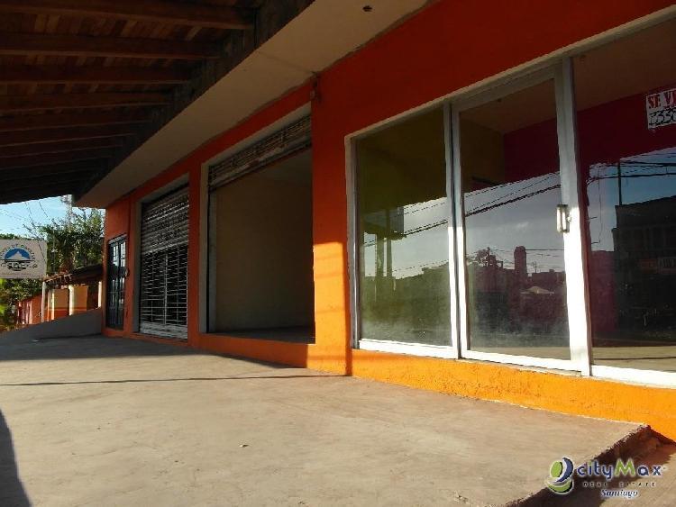 Edificio Comercial en Venta en Villa La Mata, Cotui.