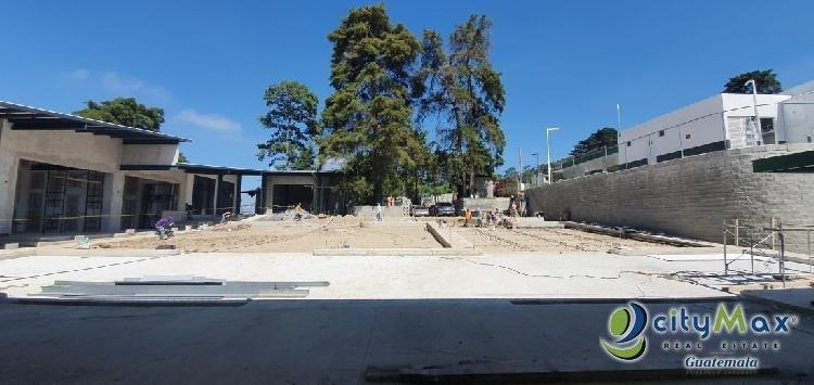 Local en renta en zona 16 plaza nueva cerca del Pulte