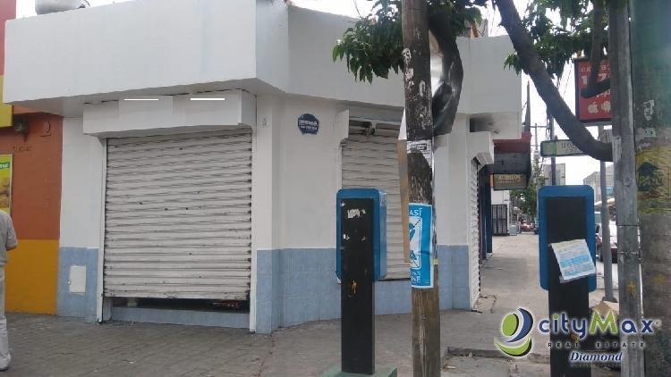 Se renta Local Comercial Sobre Calle Marti zona 2