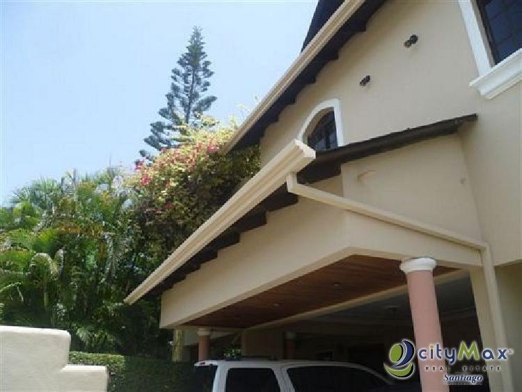Casa en venta en altos de Rafey, Santiago REP. DOM.